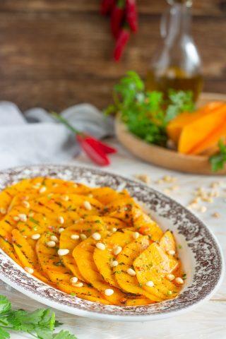Zucca grigliata con pinoli