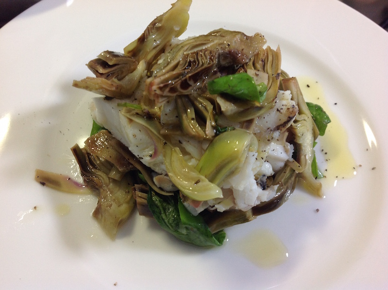 insalata tiepida con carciofi e rana pescatrice
