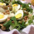 insalata con soncino e anacardi