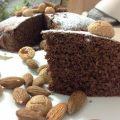 torta al cacao con mandorle e amaretti secchi