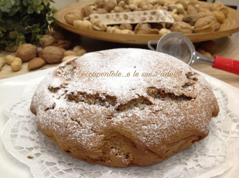 cake con frutta secca e torrone bianco alla nocciola pass 3