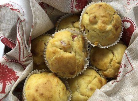 Muffin salati prosciutto cotto e provolone