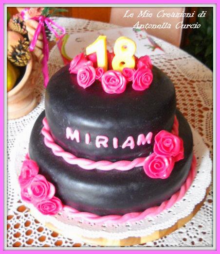 Ricerca ricette con torta 18 anni for Torte per 18 anni maschile