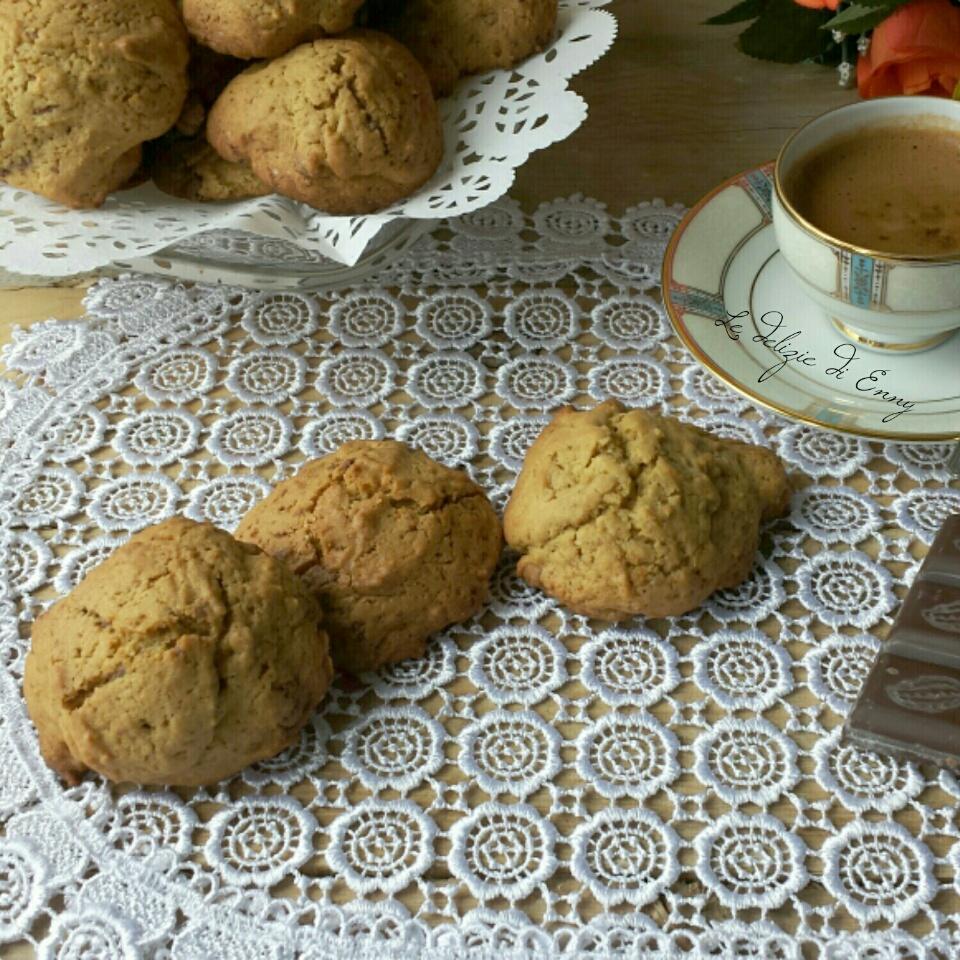 Biscotti americani con gocce di cioccolato