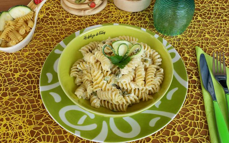 Pasta panna e zucchine
