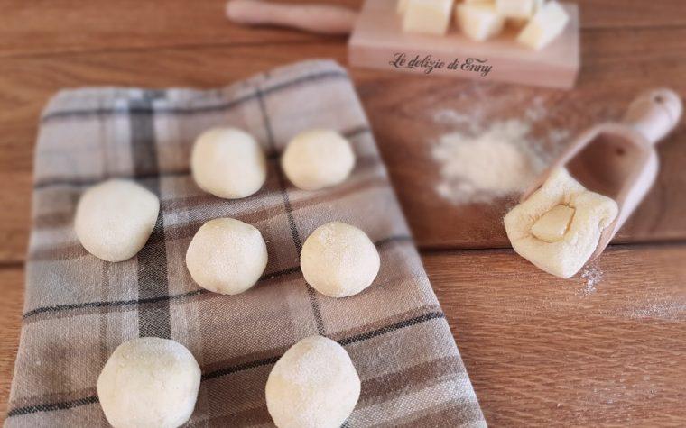 Gnocchi di patate ripieni di formaggio