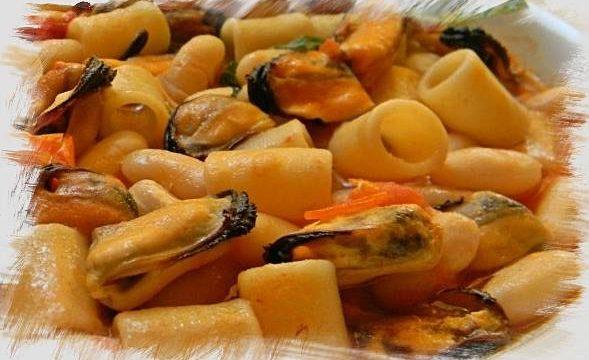 Pasta e fagioli con le cozze