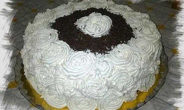 Torta buon compleanno..una base soffice soffice per torte pannose