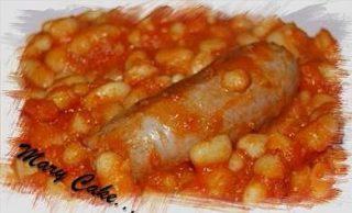 Fagioli e salsicce al sugo