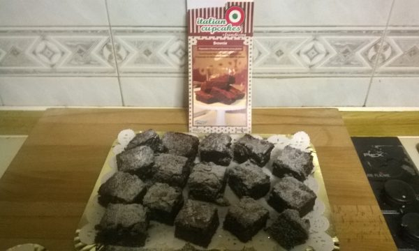 Brownie: con preparato in polvere senza glutine di Italian CupCakes