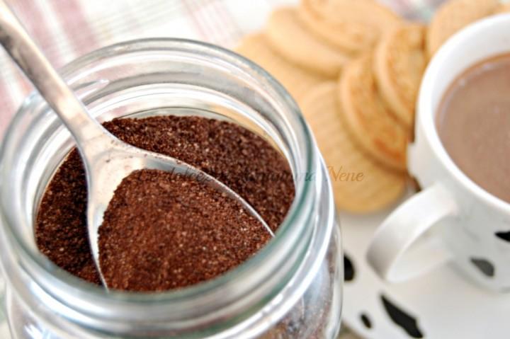 polvere solubile al cioccolato