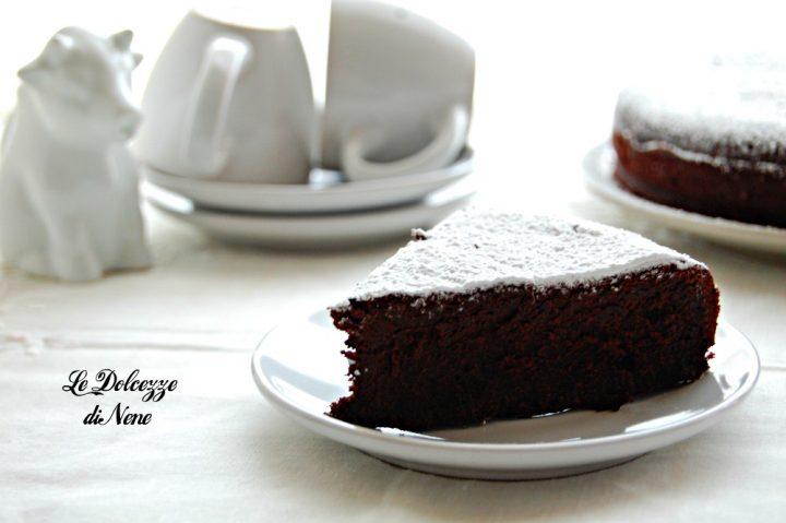 Ricetta Torta Al Cioccolato Senza Lievito.Torta Al Cacao Che Rimane Morbida E Umida Senza Lievito Con Bimby E Senza
