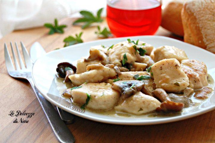 Bocconcini di pollo con funghi