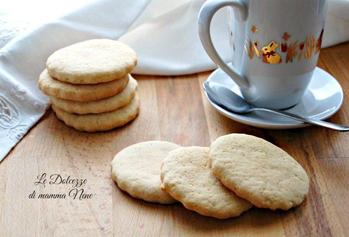 biscotti semplici senza uova