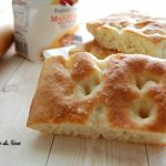 focaccia morbida con yogurt greco