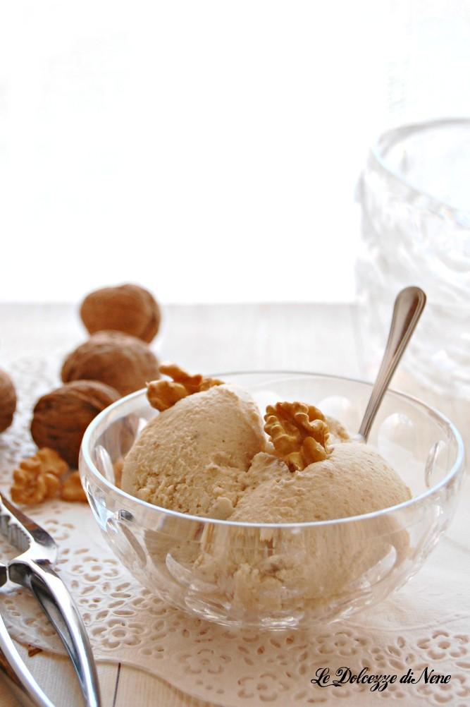 gelato alle noci e miele