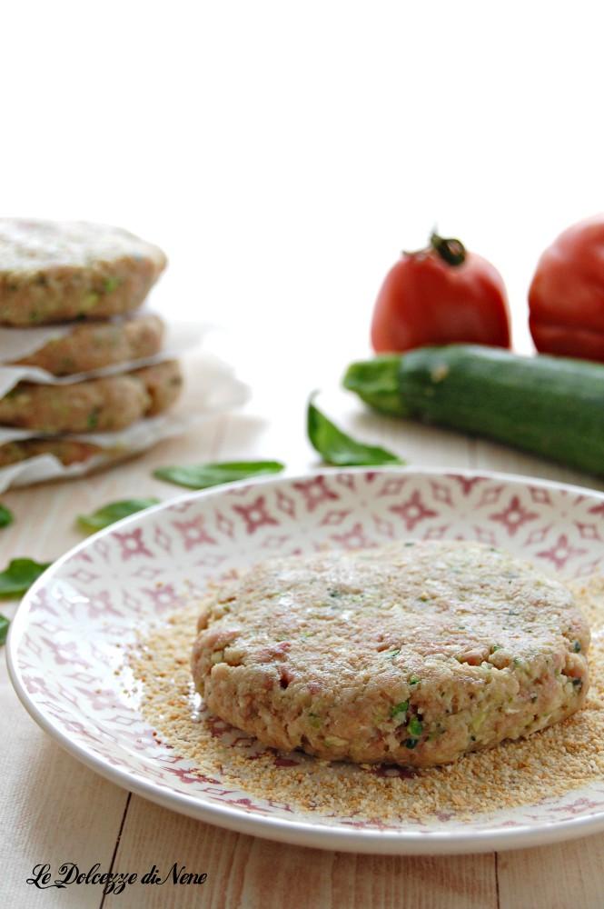 Hamburger di carne e zucchine