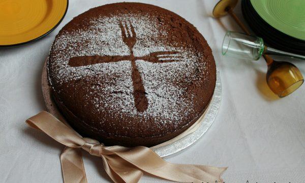 Torta al Cioccolato al Latte, smaltiamo le uova di Pasqua