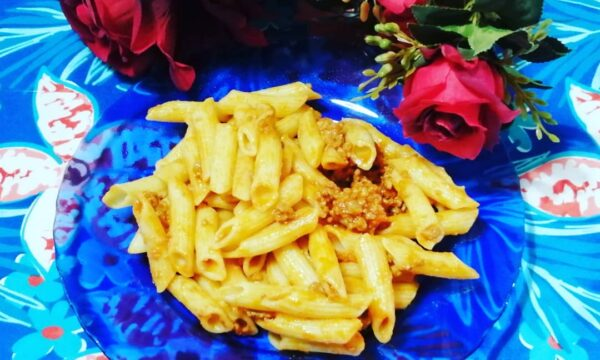 PENNE AL RAGU' (Pasta Nonna Lina)