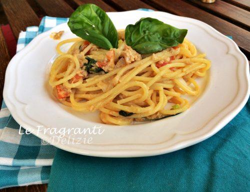 Spaghetti  tonno pomodorini e robiola