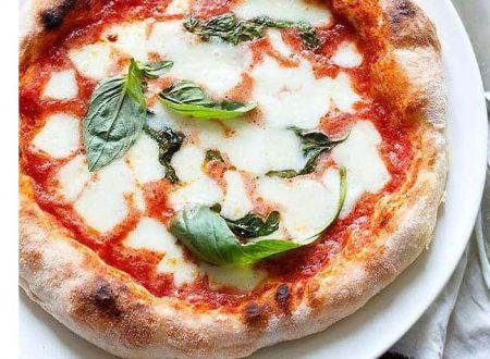 """Pizza fatta in casa – doppia cottura -""""ricetta perfetta"""""""