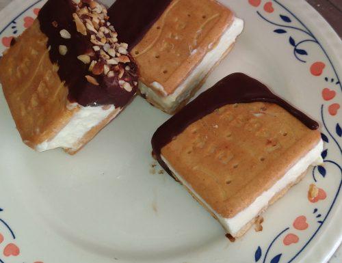 Biscotto gelato veloce al cioccolato