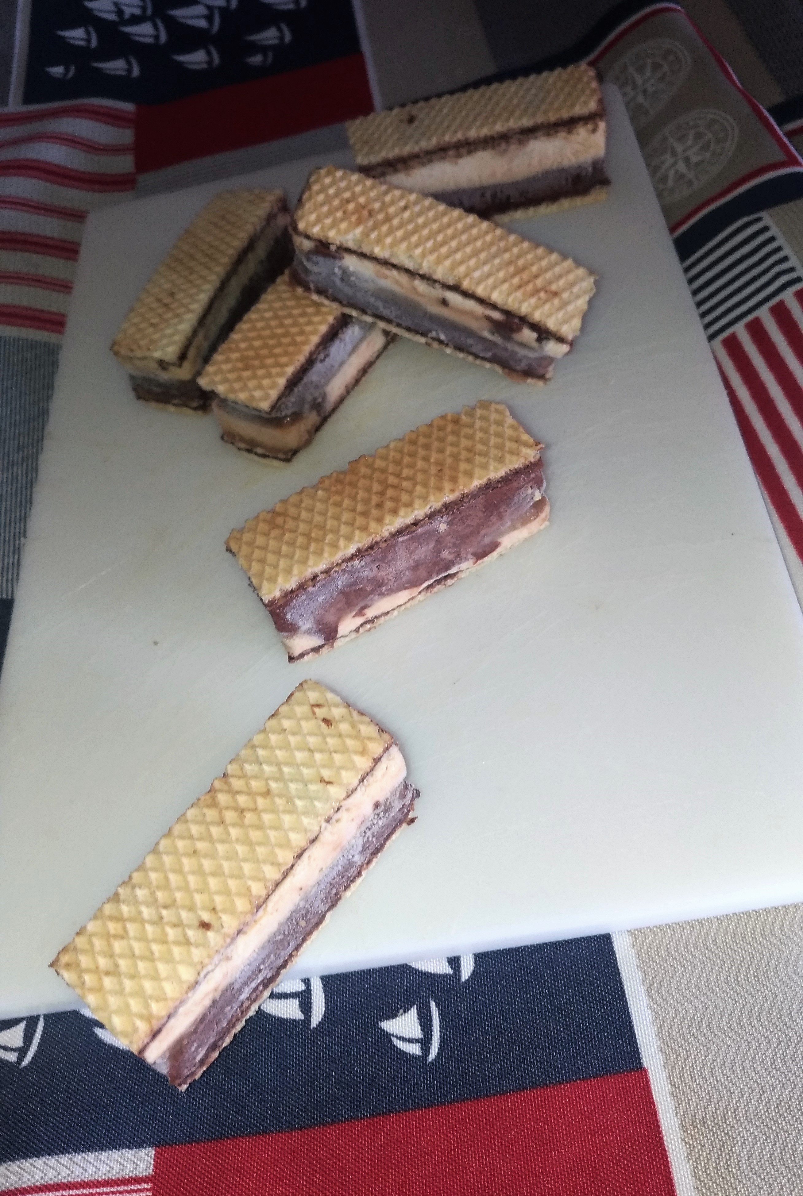 finger wafer gelati