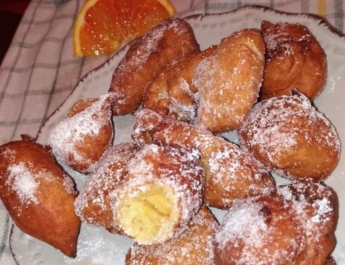 Frittelle all'arancia e amaretto