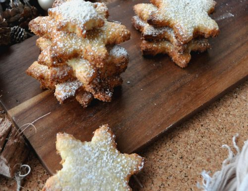 Biscotti stella all'olio e cocco
