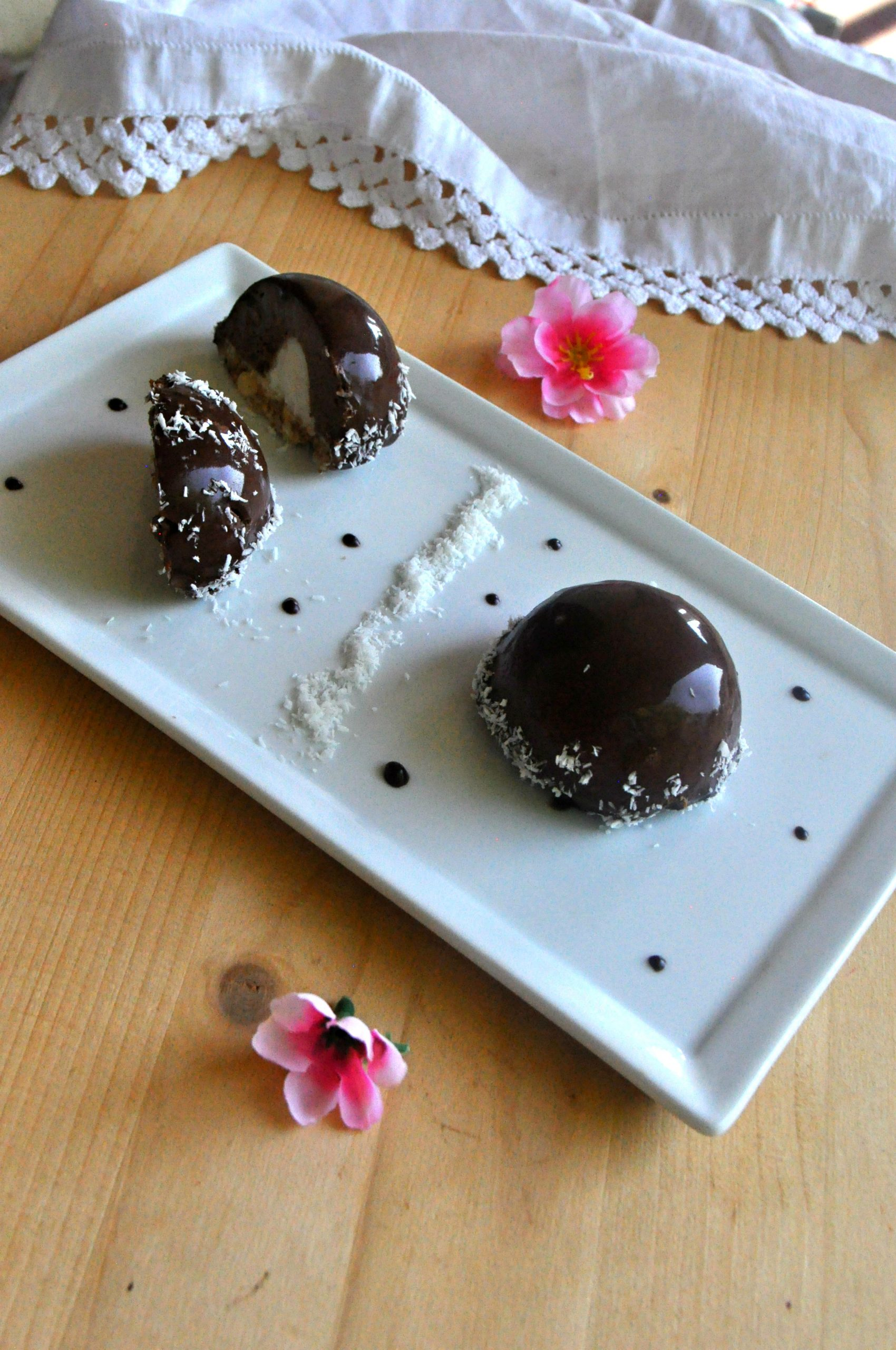 Cupole fresche cocco cioccolato