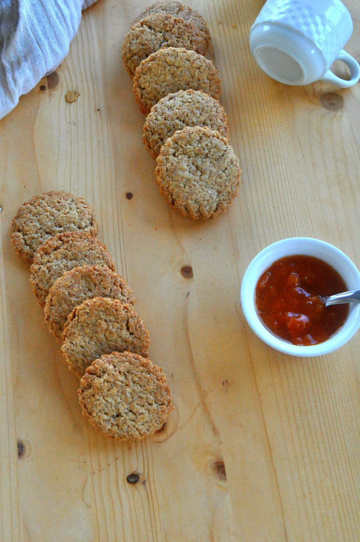 Biscotti semplici integrali al cocco