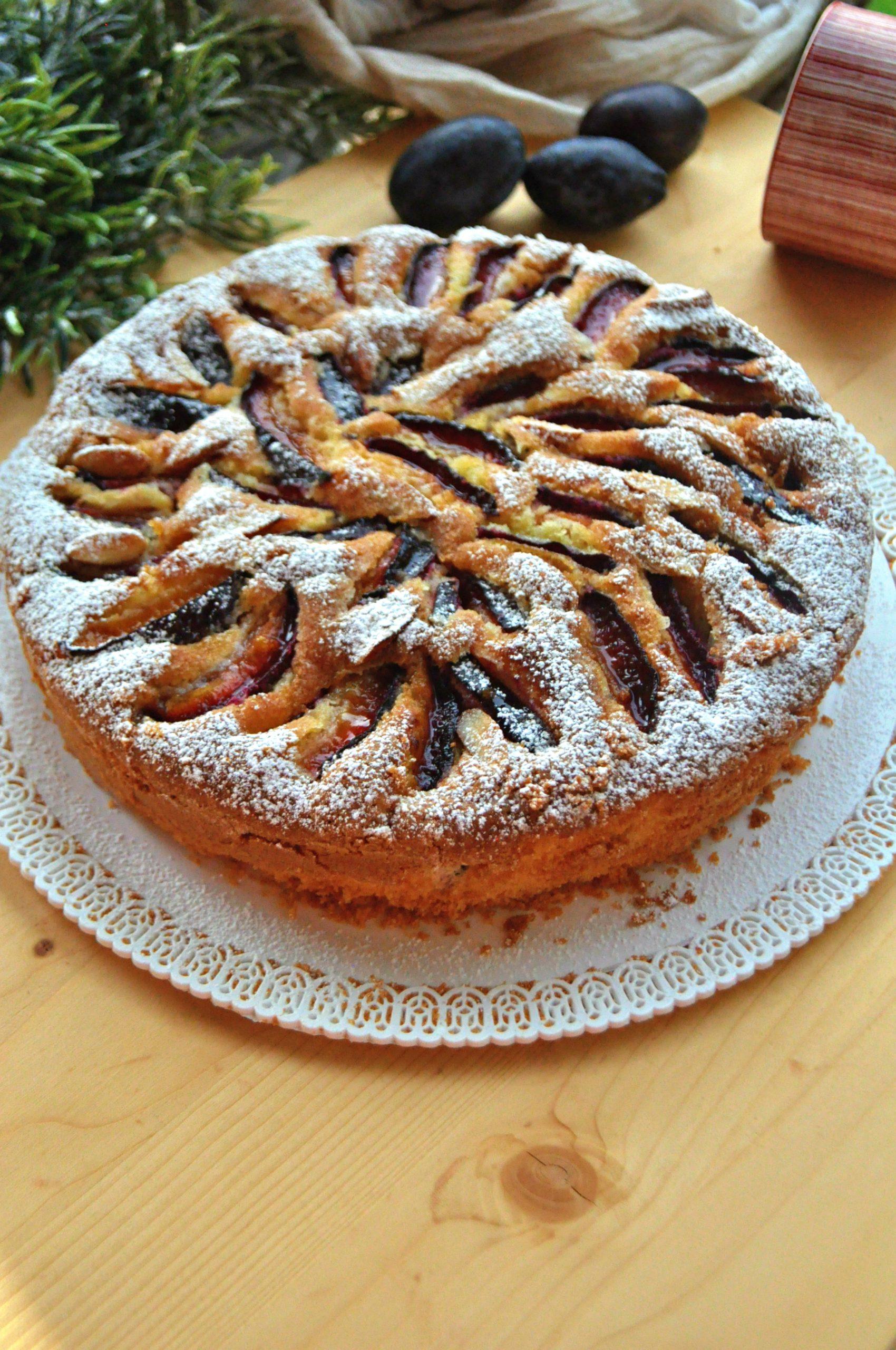 Torta soffice alle prugne senza glutine