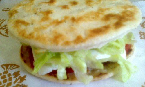Piada-cheese-burger
