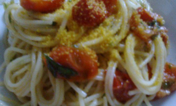 Spaghetti alla bottarga di muggine con pomodorini
