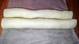 Ventaglietti di pasta sfoglia con salsiccia
