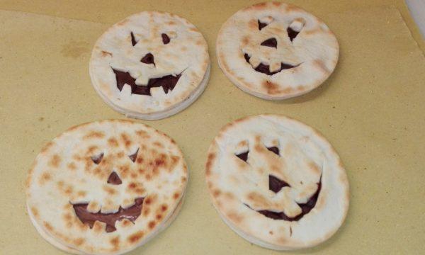 Piada zucchette di Halloween alla crema di nocciole