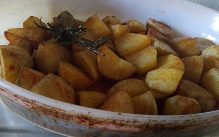 Patate al forno alla paprika affumicata