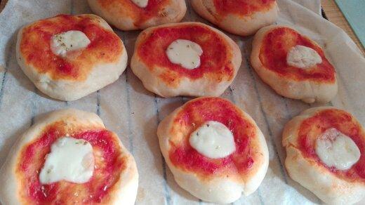 Impasto per rosticceria siciliana le pizzette le mie loverie - Impasto per tavola calda siciliana ...