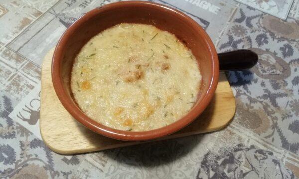 Zuppa di cipolla gratinata al forno