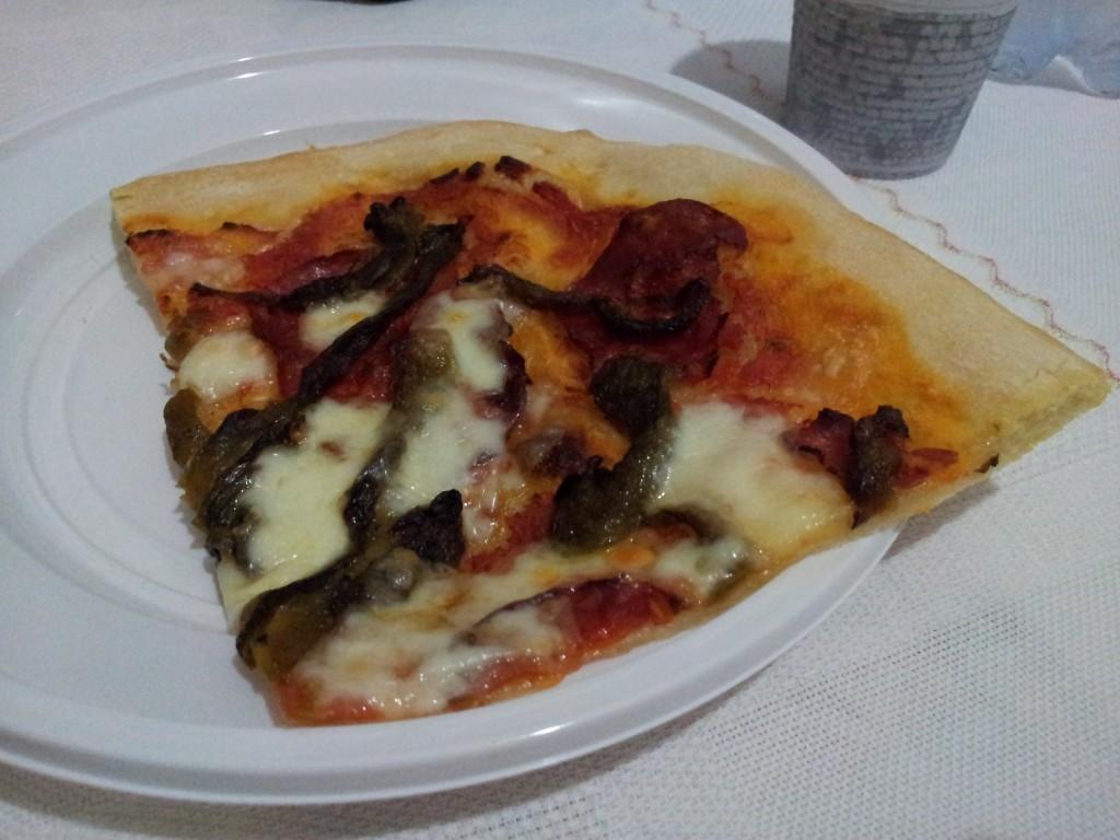 pizza con l'impastatrice, ma solo con 3 grammi di lievito!