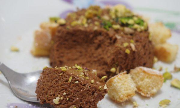 Semifreddo al cioccolato con savoiardi e pistacchi