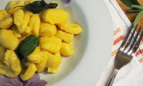 Gnocchi di patate e zucca con burro e salvia
