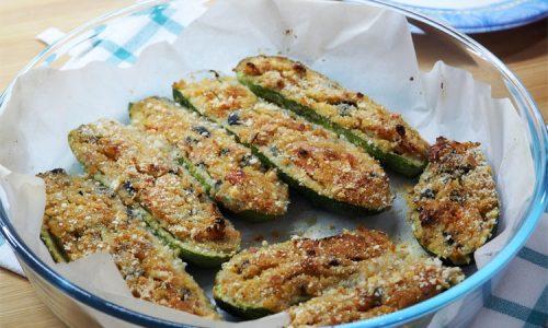 Zucchine ripiene al forno alla mediterranea