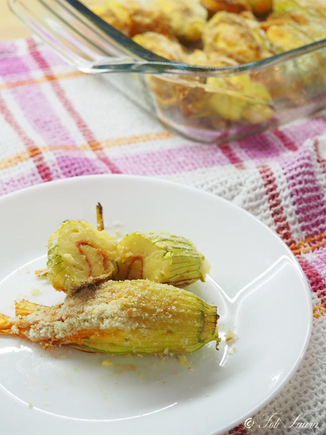 fiori di zucca ripieni di patate e salame piccante