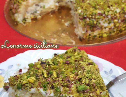 Cassata di ricotta e granella di pistacchio