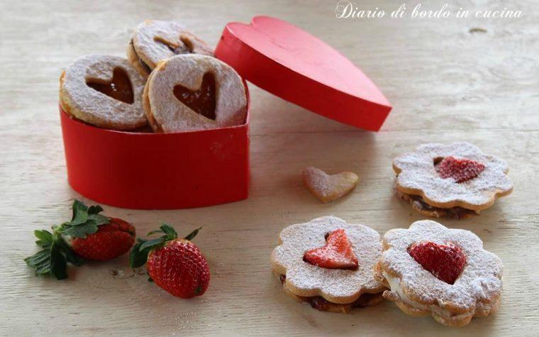 Biscotti cuore di fragola