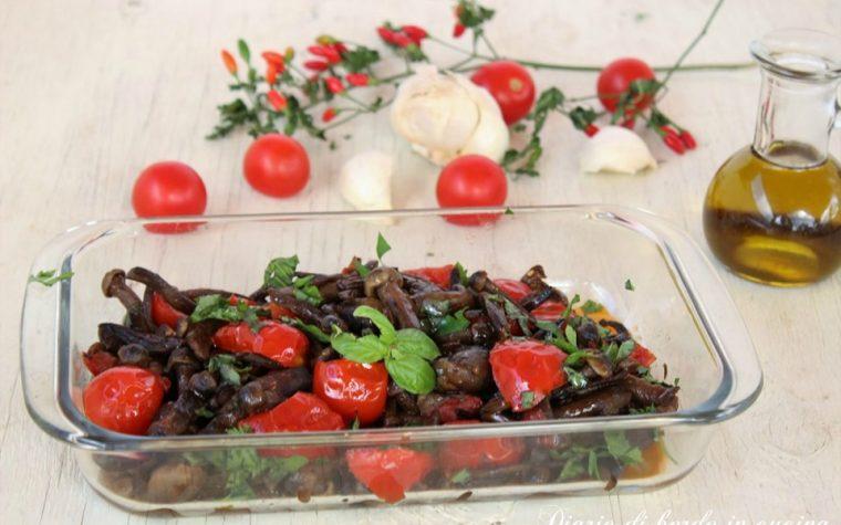 Funghi chiodini con pomodorini