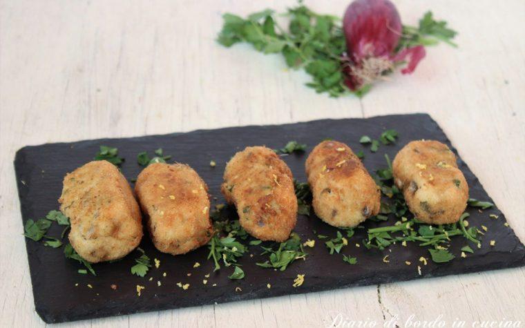 Crocchè di patate alici fresche e cipolle