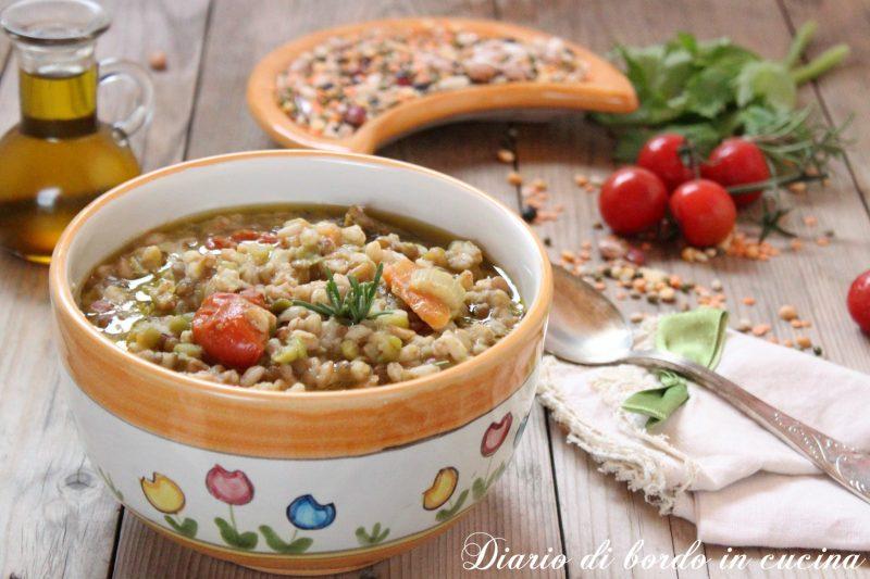 Zuppa di legumi e farro