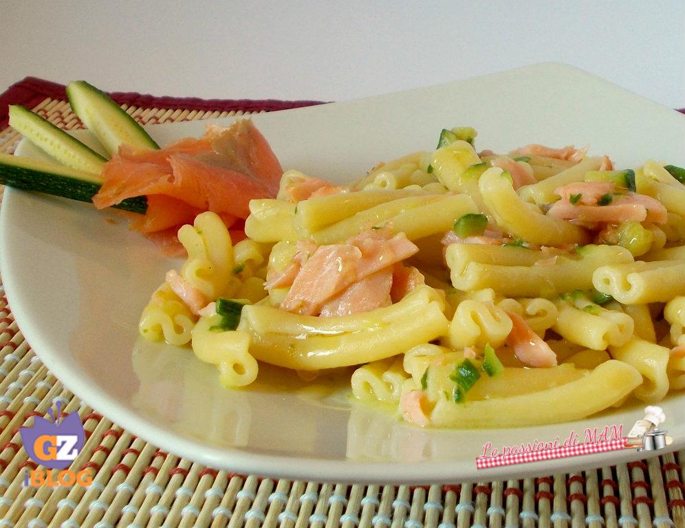 pasta zucchina e salmone affumicato